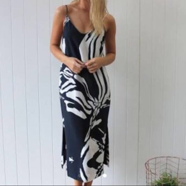 Finders Keepers Abstract Dress