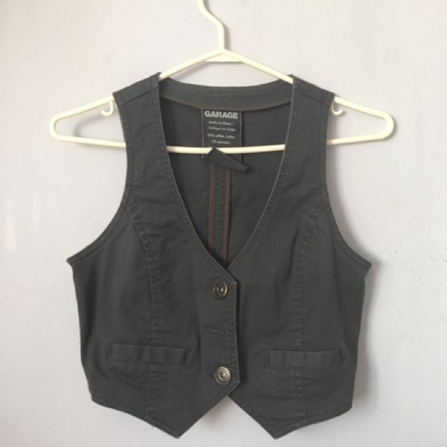 Garage grey vest