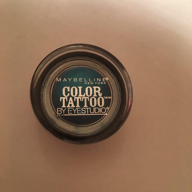 Maybelline blue eyeshadow