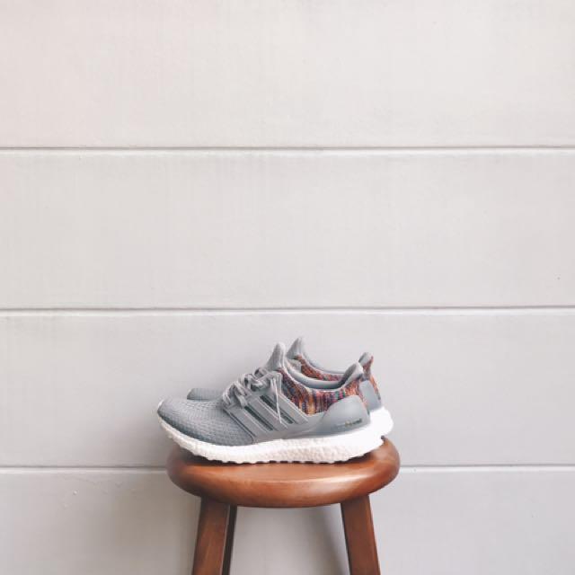 1a7227edfc87d Mi Adidas Ultra Boost Grey Multicolor Rainbow