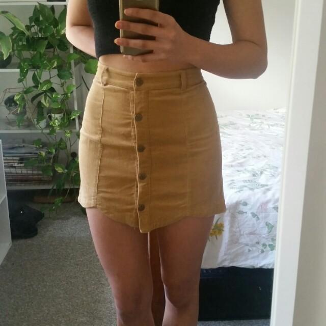 Size S Minkpink tan corduroy skirt