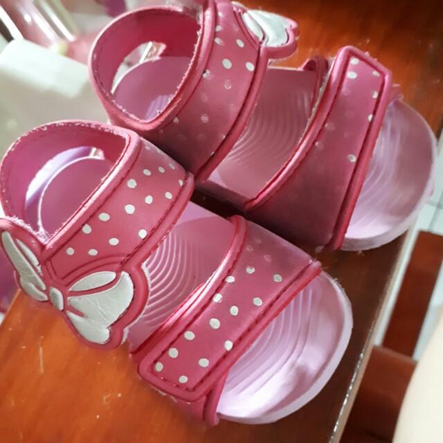Preloved baby sandals