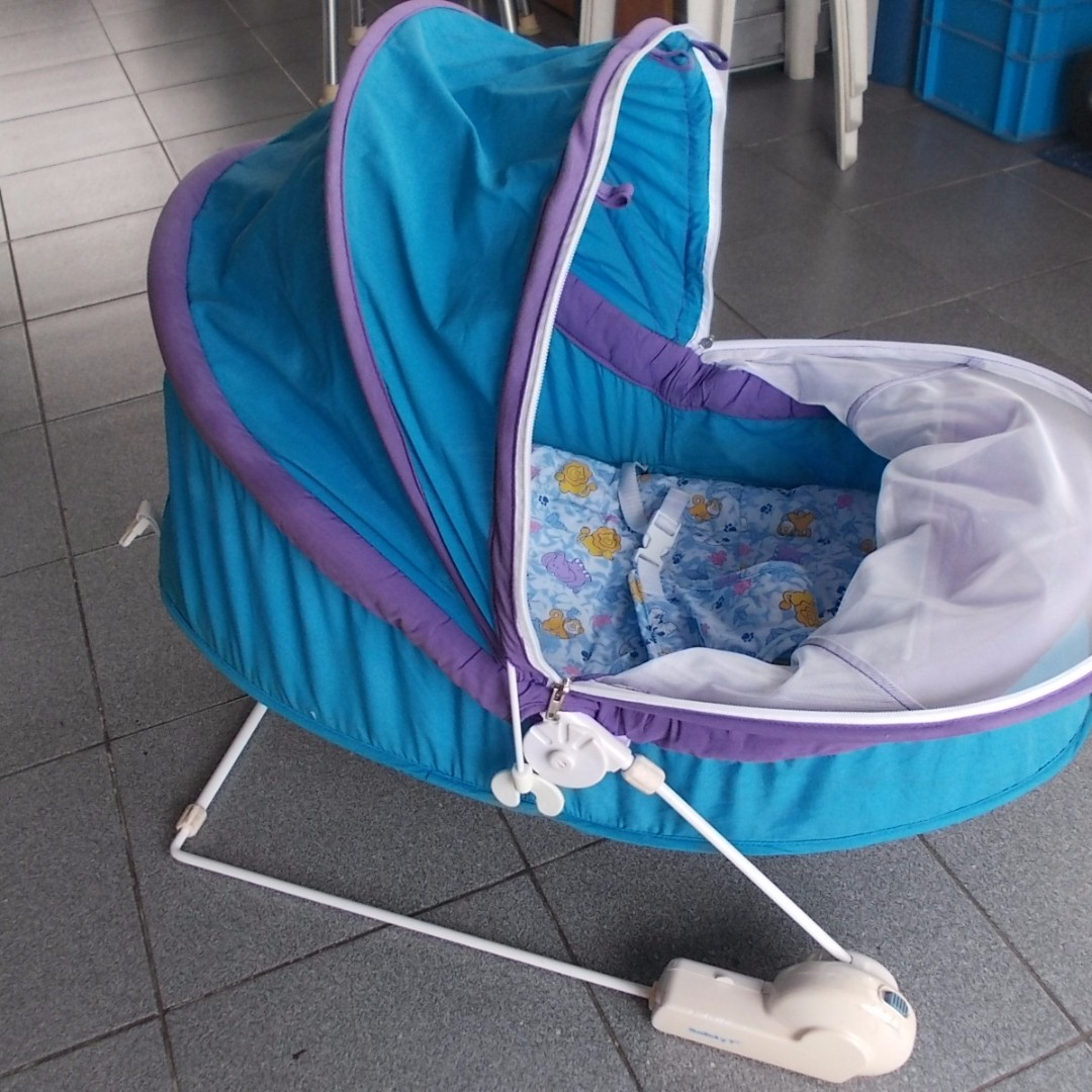 Safety First Baby Bouncer Swinger, Babies & Kids, Prams & Strollers ...