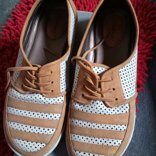 Sepatu Elizabeth Like New