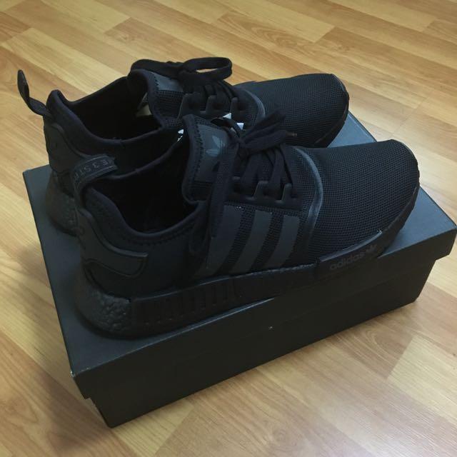 b3ec107444370 🔥STEAL🔥 Adidas NMD R1 Triple Black US9.5