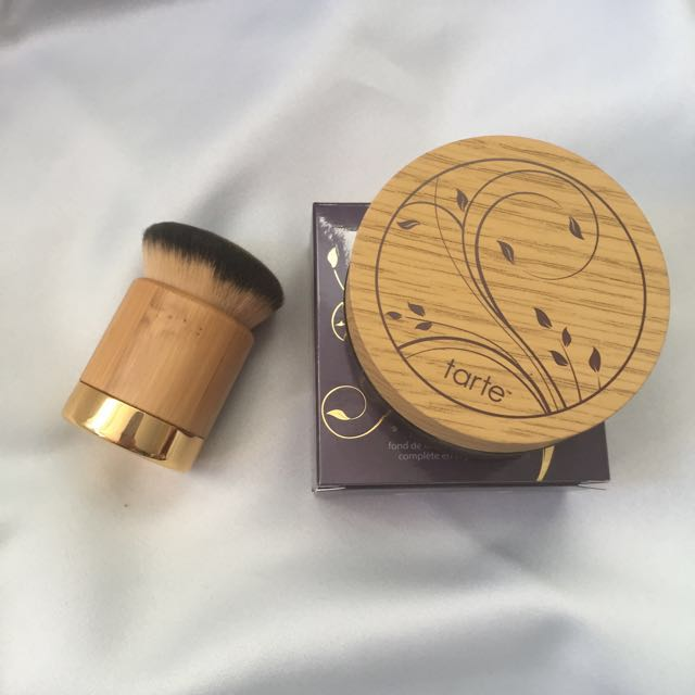 Tarte Amazonian Clay Airbrush Foundation + Kabuki Brush