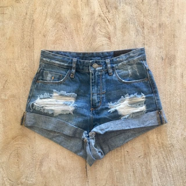 Thrills denim shorts