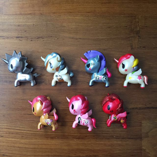 tokidoki unicorno metallico series 1 ssdc exclusives toys games bricks figurines on carousell. Black Bedroom Furniture Sets. Home Design Ideas
