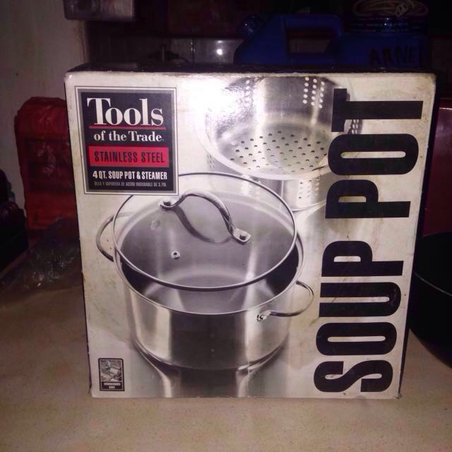 Tools of the Trade Stainless steel( 4 QT. Soup pot& steamer)