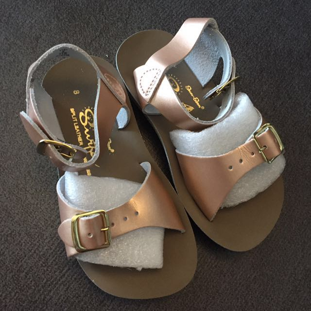 a8c911e34810 US 8 NEW Saltwater Surfer Sandal Rose Gold