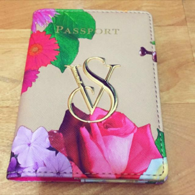 Victoria Secret Passport 二手 維多利亞秘密的護照夾(套)