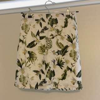 (New) floral mini skirt