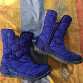 Columbia Winter Boots for kids (size US 2/UK 1)