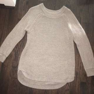M sweater - size medium