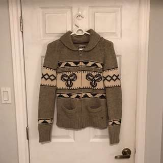 Aritzia will sweater size medium