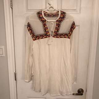 Embroidered tunic size xs