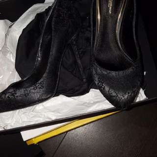 Brand New D&G size 36 black lace heels