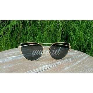 Kacamata fashion wanita design baru portable