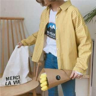 黃色挺版直條紋下擺不規則復古襯衫