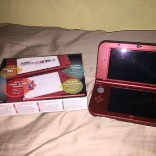 Red 3DS XL  with games + extras