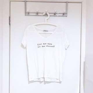 ZARA White V-neck T-shirt