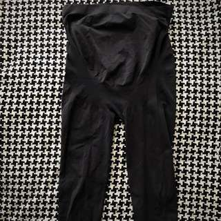 Lightweight Maternity everyday tights-make an offer!