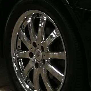"17""rim chrome rims without Tryers (  $250 4 rims)"