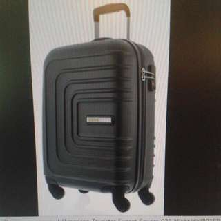 American Tourister Sunset Square 21inch/55cm Spinner  21inch, cabin or carry on luggage