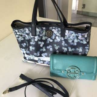 Set of Tory Burch bag and wallet