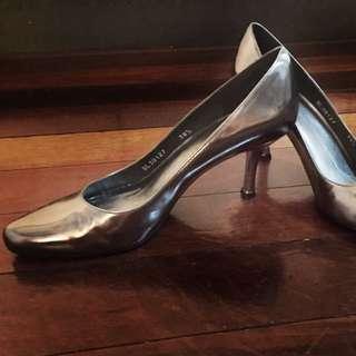 Stuart Weitzman Leather Heels Size 38.5 Silver