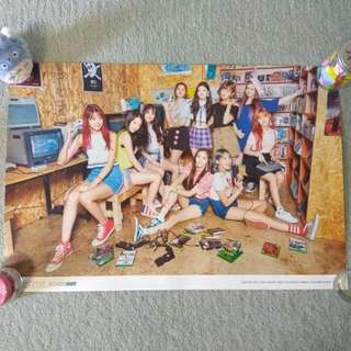 PRISTIN - Schxxl Out (Out ver. - Game ver.) (Poster) [UNFOLDED]
