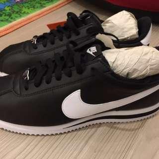 全新韓國帶回Nike阿甘鞋_黑底白勾(附鞋盒)(男鞋)