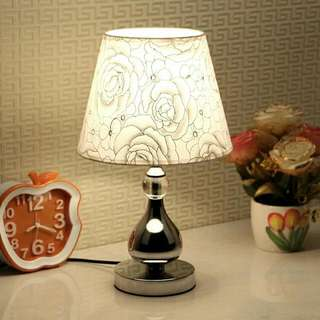 Vintage Table Lamp Gold Roses
