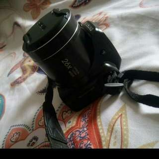 Samsung WB100 Camera