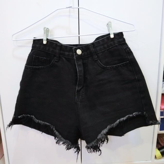 前短後長牛仔短褲