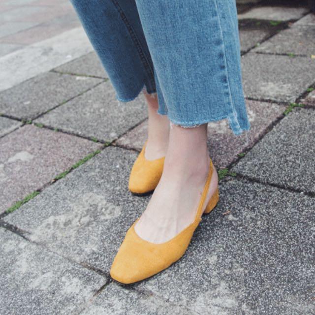 黃色麂皮絨復古鞋 . 37號腳適穿