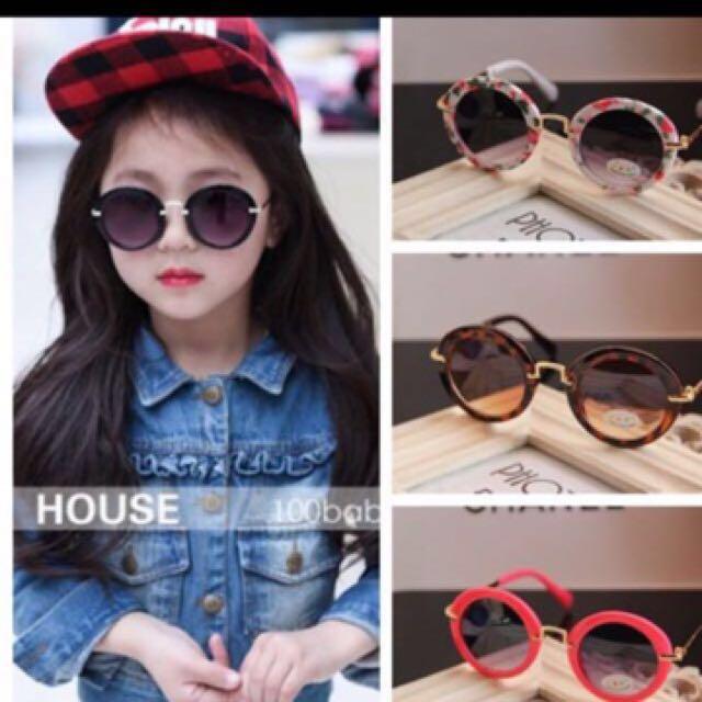 兒童潮牌#太陽眼鏡  #樹脂材質  #金屬 #防紫外線 #新潮眼鏡 不傷眼睛