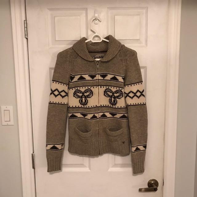 Aritzia will sweater size medium