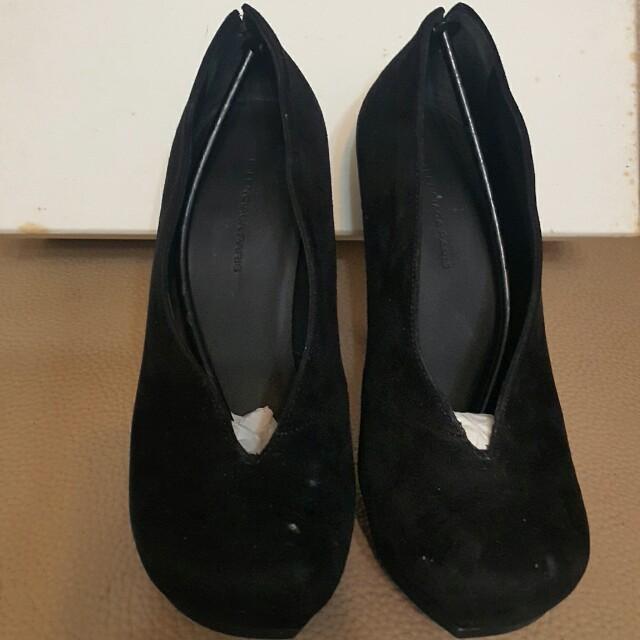 Balenciaga麂皮高跟鞋