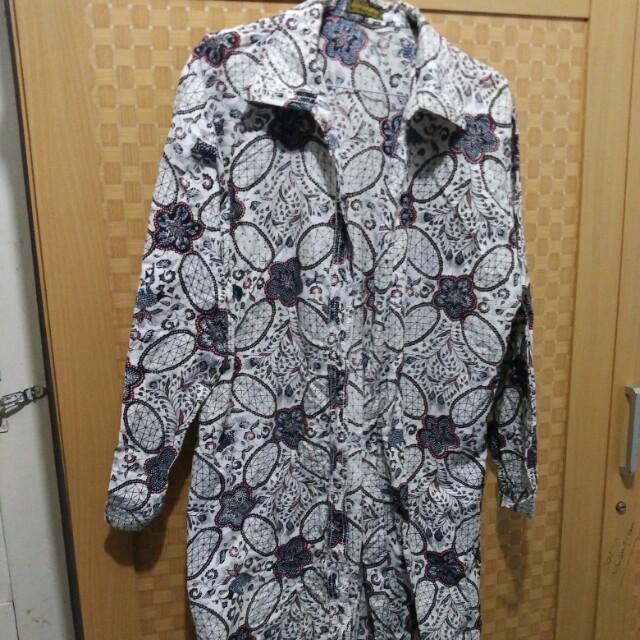 blouse batik , tunik , midi dress