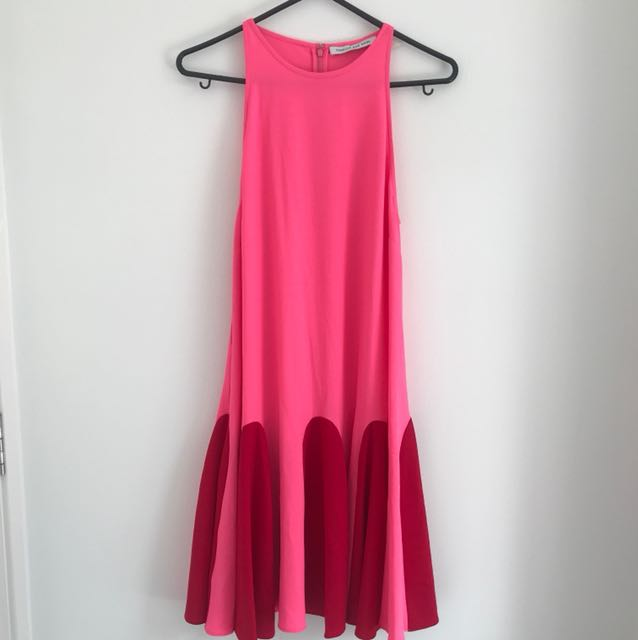 Camilla and Marc pink dress Sz 14