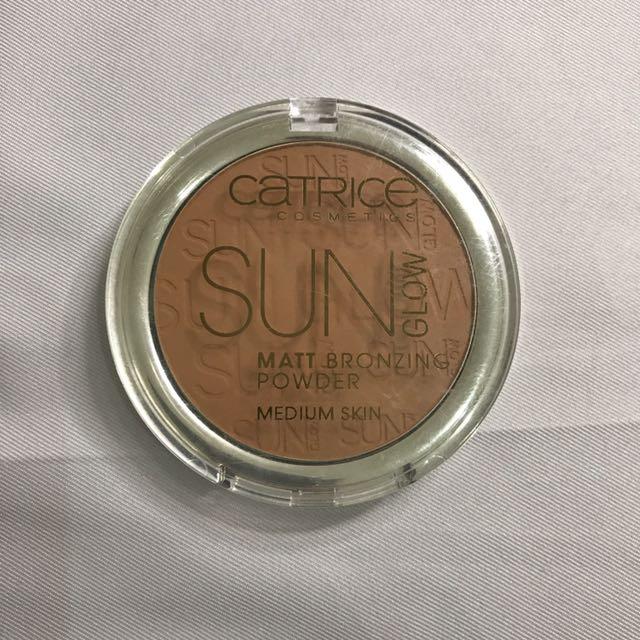 Catrice Matt Bronzing Powder for medium skin