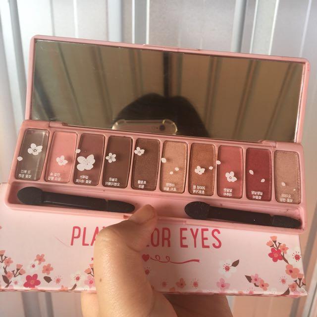 Defect etude house cherry blosson play eyeshdow