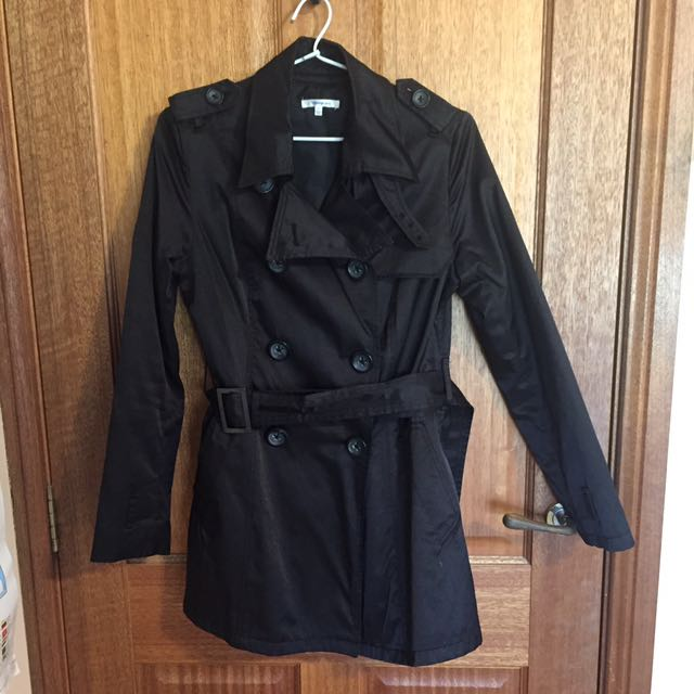 Double breasted dressy trench coat - size 8