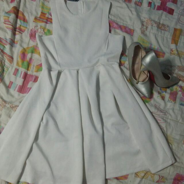 Haltred dress