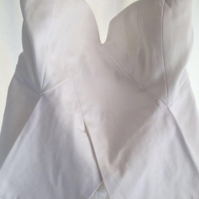 Lippy Stiff Bodice White Top (size 14)