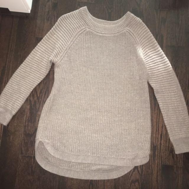 M sweater - size medium