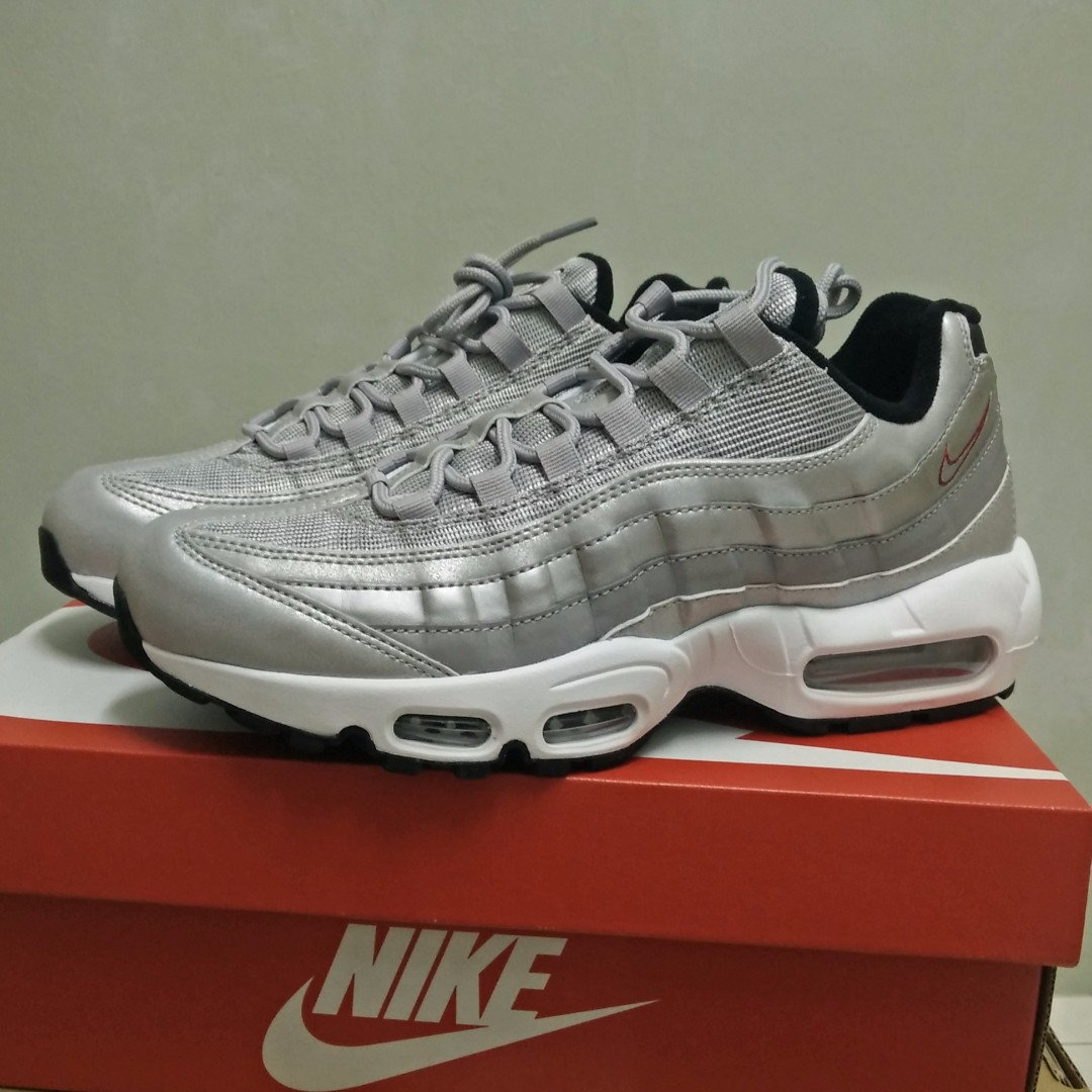 sports shoes a6870 69f48 Nike Air Max 95 Premium QS Silver Bullet, Men s Fashion, Footwear on ...