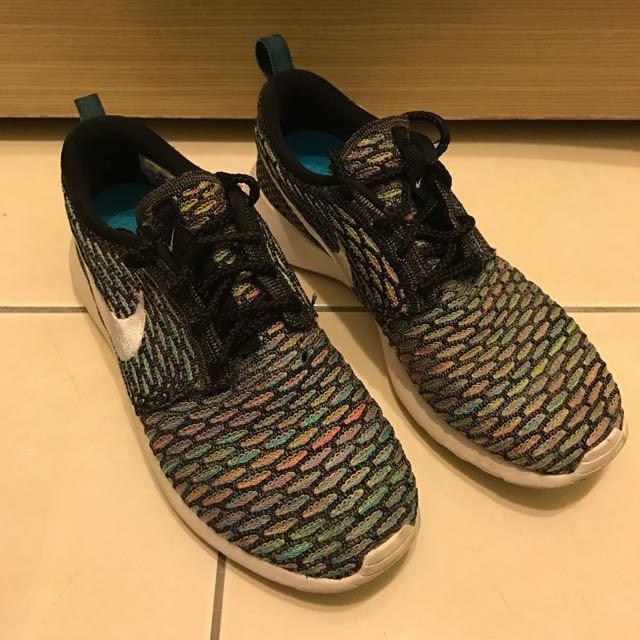 Nike rush run 彩虹編織