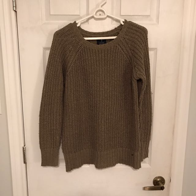 Over-sized knit sweater size small